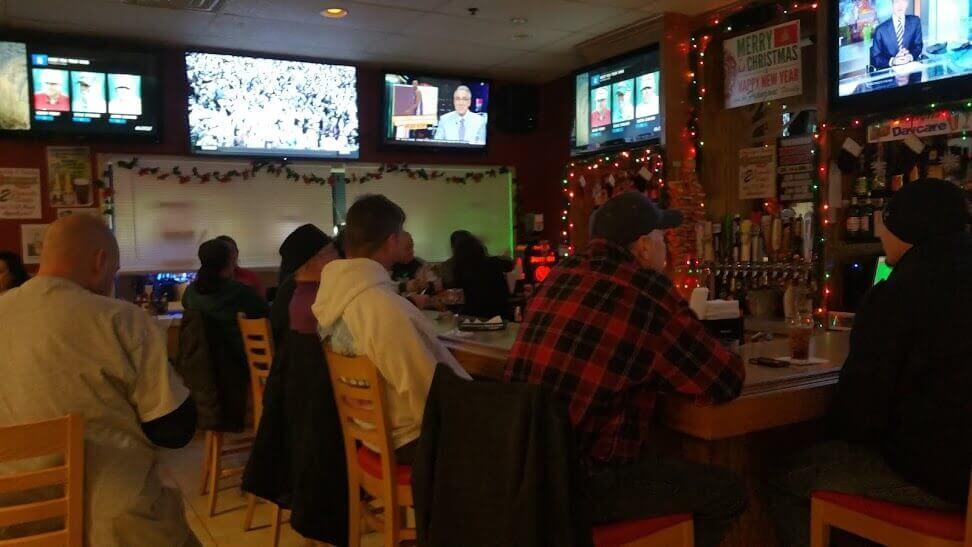 Franzone's Pizzeria, Restaurant & Sports Bar